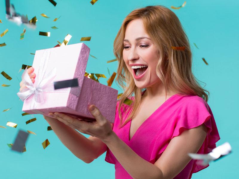10 idées de cadeau qui feront toujours plaisir à une fille