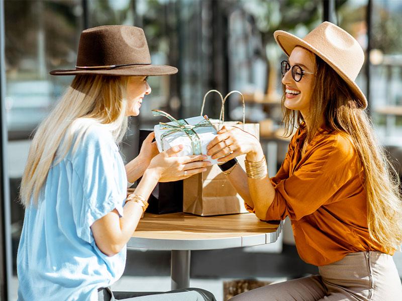 Comment trouver une idée de cadeau original pour sa meilleure amie ?