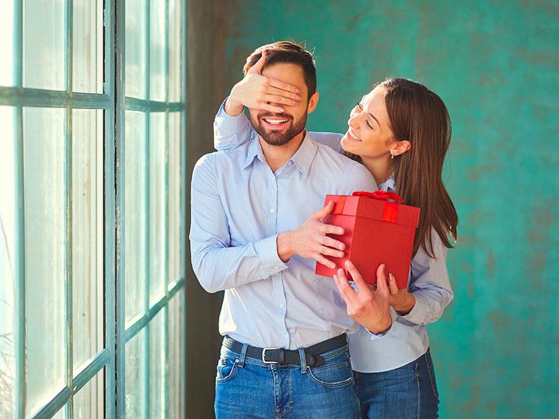 Cadeaux pour son mari : nos idées cadeaux